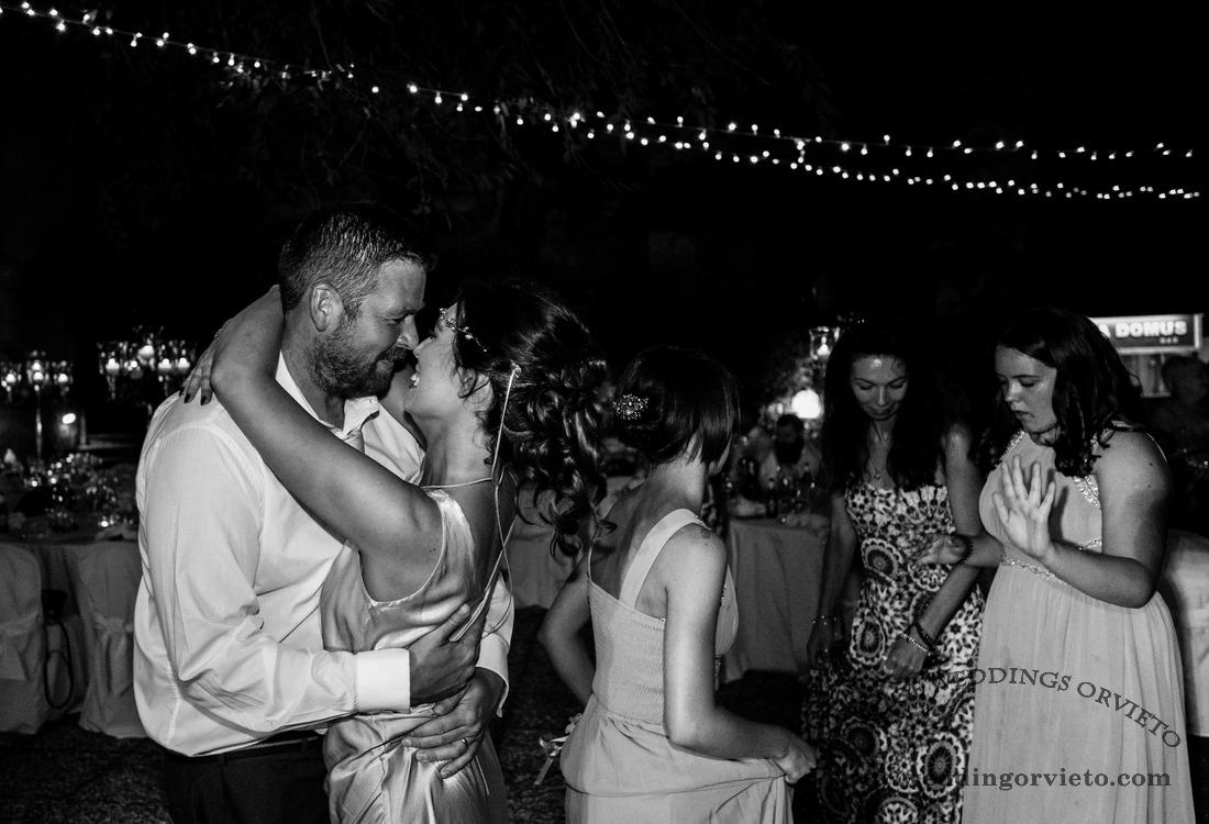 Bride and groom first dance in Orveto La Domus wedding venue