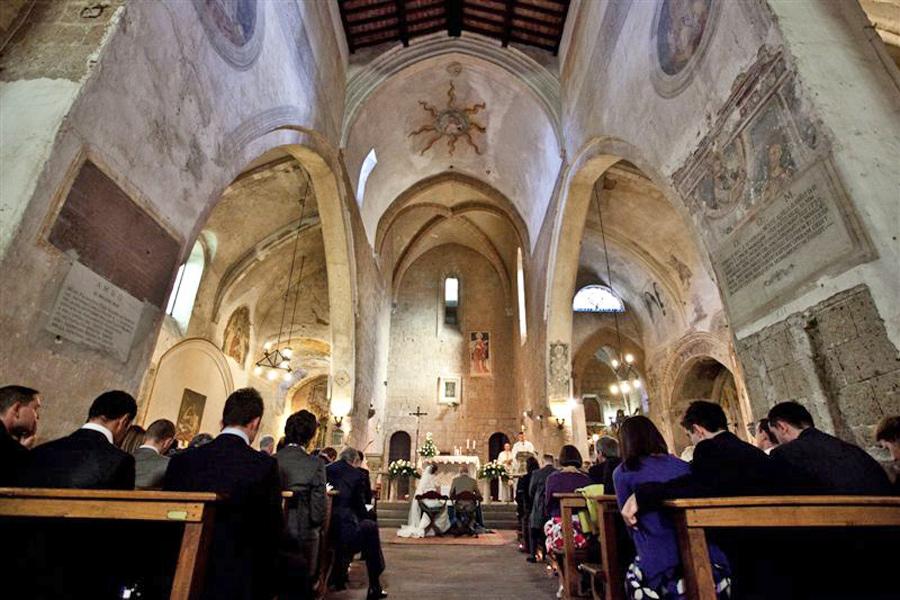 San-Giovenale-Church-weddin